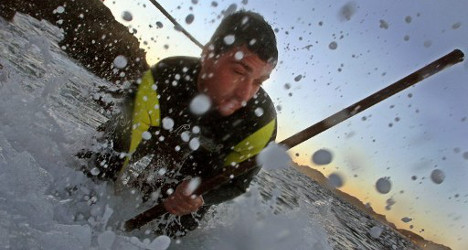 Spain's barnacle-pickers risk lives for Xmas treat