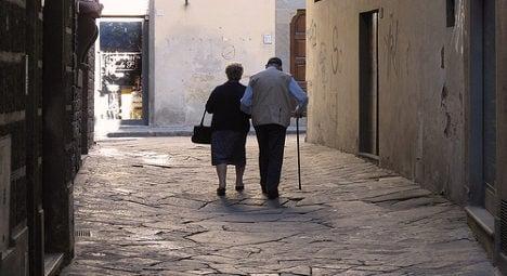 French widower, 91, finds love through garden sign