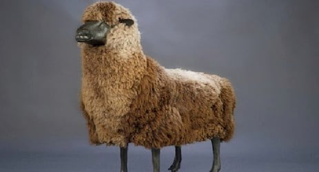 Sheep sculptures fetch record auction prices