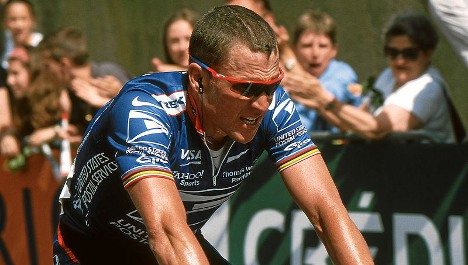 Armstrong says sorry to 'victim' Bassons