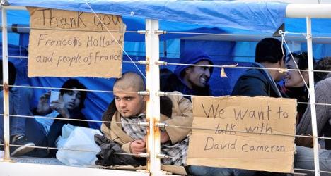 'UK must understand the burden on France'
