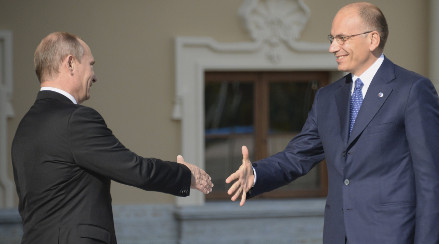 'Italy-Russia deal is equal to one with drug cartels'