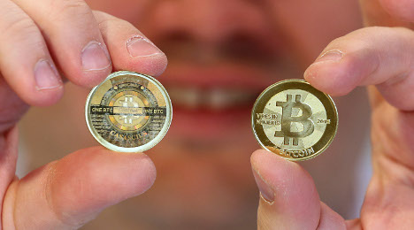 France warns of risks of virtual money Bitcoin