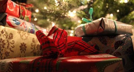 Police keep 24-hr watch over empty Xmas gifts