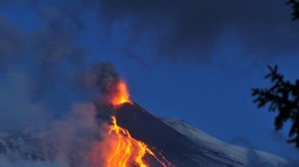 Sicily's Mount Etna eruption dies down