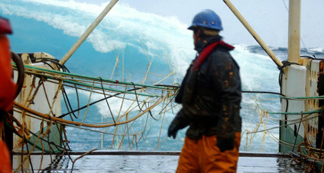 EU backs Spain's 'destructive' trawlers