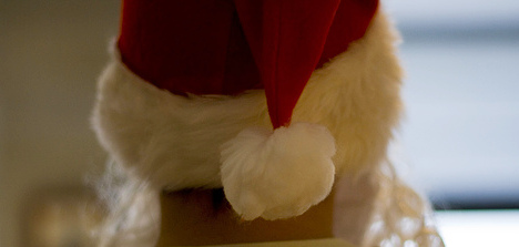 Cops baffled by Santa in cross-dressing heist