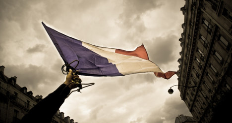 French TV plots new fight against English invasion