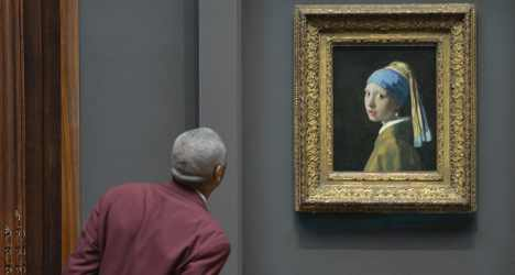 'Girl with a Pearl Earring' creates stir in Italy