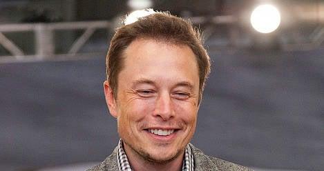 Elon Musk in Norway to thank Tesla buyers
