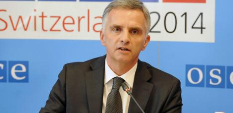 Swiss president offers help in Ukraine crisis