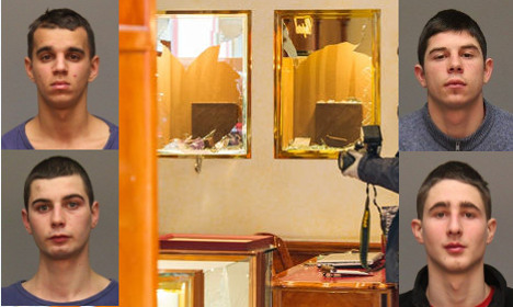 Police appeal over teens' jewellery store axe raid
