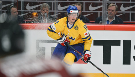 Hockey star's doping ban 'was political': GM
