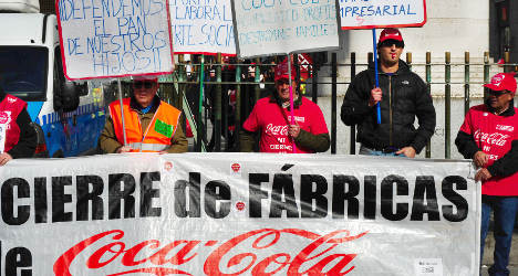 Coca-Cola workers slam lay-off deal
