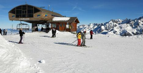 'Unlicensed' British ski instructors summoned