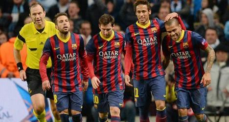 Barcelona beat unlucky 10-man City 2-0
