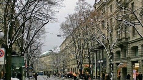 Robbers raid posh Zurich jewellery boutique