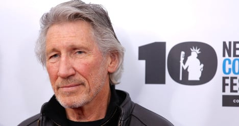 Pink Floyd star in tribute to fallen soldier dad