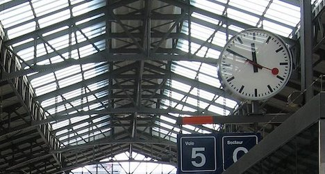 Iconic Swiss train station clocks lose second hand