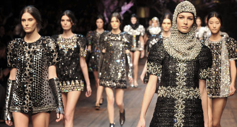 Knights march in fairy-tale D&G show