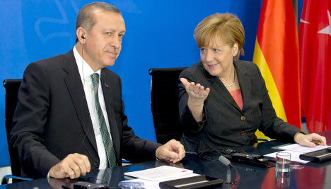 Turkey urges German support for EU bid