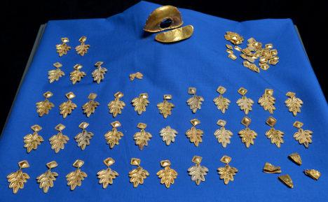 Amateur treasure hunter finds Roman gold hoard
