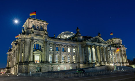 German public finances in black for second year