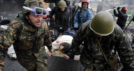 Hollande: Make peace quickly in Ukraine