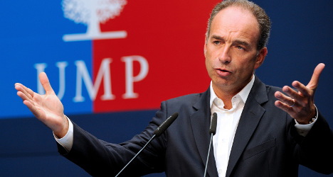 French opposition leader tied to money scandal