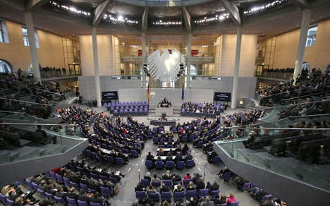 MPs agree own €800 monthly pay-rise