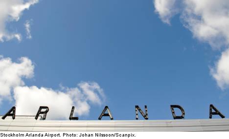 Arlanda airport hit by bomb threat