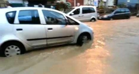 Italy hit by flooding, snow and windstorms