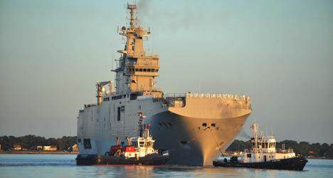France backs warship deal but not Paralympics