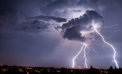 German tourist killed by lightning