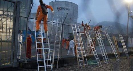 Greenpeace activists enter Swiss nuclear plant