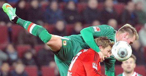 Leverkusen break losing streak with 3-1 win