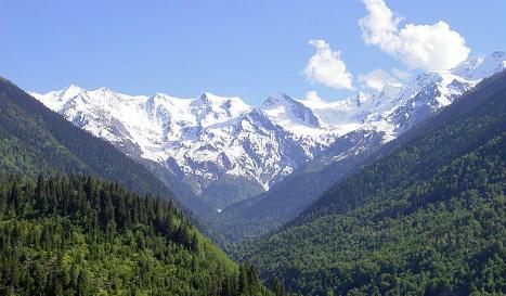 Georgia avalanche kills German snowboarders