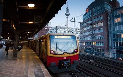 Teen dies while 'train surfing' on Berlin S-Bahn