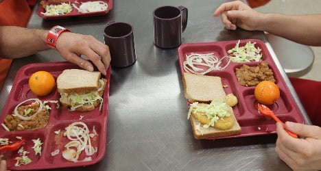French prison ordered to serve up halal meals