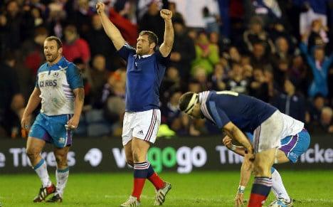 France's late show stuns Scotland