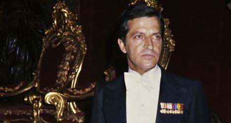 Spain's first post-dictatorship PM dies