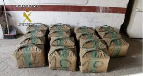 Two tonnes of hashish found on Spanish beach