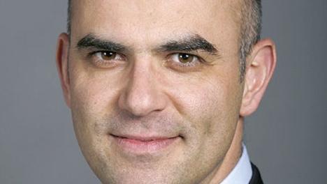 Swiss MPs oppose new health insurance model
