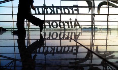 Strikes to ground 600 flights on Thursday