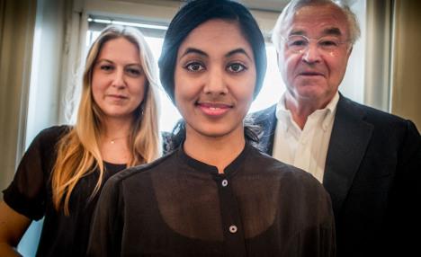 Jobseeking students told to boycott 'sexist firms'