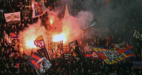 UEFA bans Basel fans from Europa game