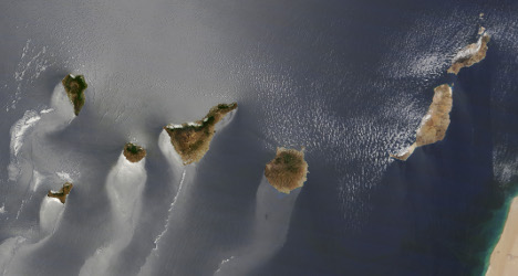 Pic of the day: Canary Islands 'swimming' in sea