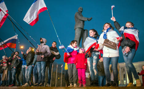 'Germany should moot Russian gas ban'