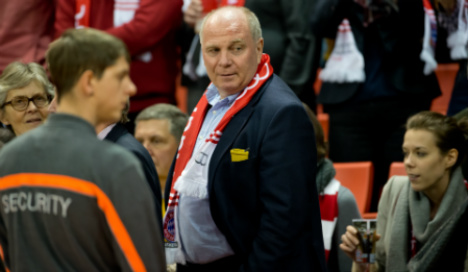 Bayern plan to welcome Hoeneß back after jail