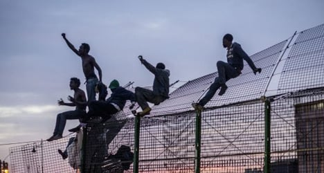 'Freedom! Spain!' shout 800 migrants at border